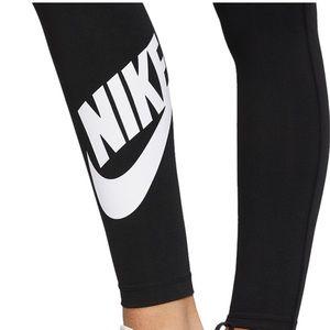 NEW❗️NIKE leggings - NWT ✨
